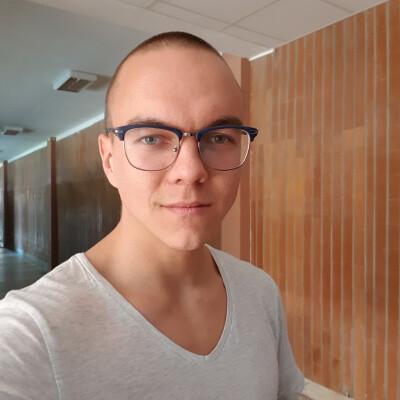 Aleksandrs zoekt een Kamer / Appartement in Eindhoven